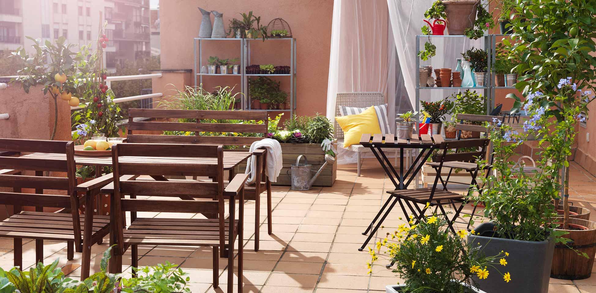 Prepara tu terraza para el buen tiempo abc serrano - Decorar porche pequeno ...